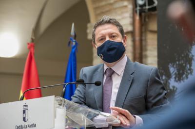 TRASVASE | Page propone a Murcia y Valencia 'una reunión a orillas de la porquería de Tajo que pasa por CLM'