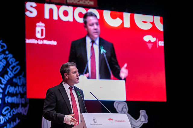 Emiliano García-Page, preside la Gala de homenaje a la comunidad educativa de Castilla-La Mancha. (Fotos: D. Esteban González // JCCM)