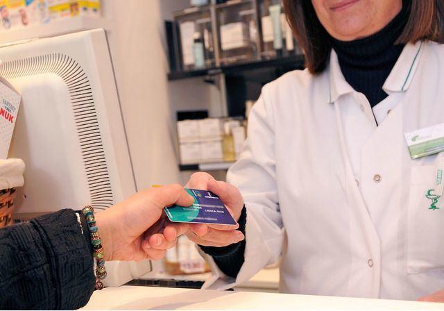 El DATO | Las farmacias de CLM dispensaron a vecinos de Madrid un 230% más de recetas en 2020