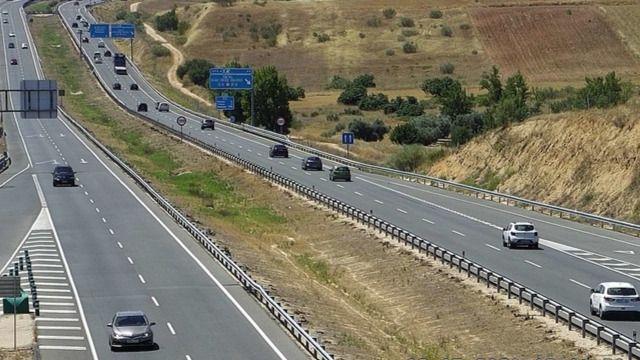 CORONAVIRUS | Almeida pide a los madrileños que 'limiten' los viajes en el puente