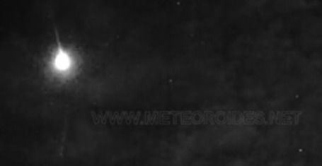 VÍDEO | Una gran bola de fuego cruza el cielo de CLM