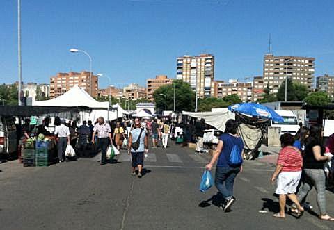 NIVEL 3   Vuelve el mercadillo a Talavera