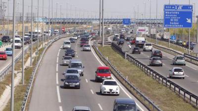 El primer fin de semana sin estado de alarma llena las carreteras