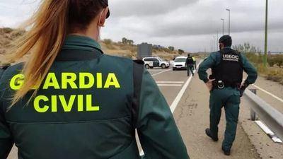 Control de la Guardia Civil para cumplimiento del confinamiento perimetral. - GUARDIA CIVIL | EUROPA PRESS