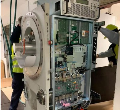 NUEVO HOSPITAL DE TOLEDO | Comienza la instalación del acelerador lineal de radioterapia