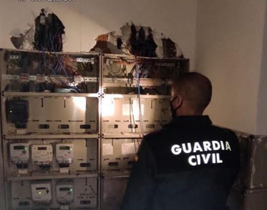 CALERA | Investigados: 18 viviendas conectadas a la luz de manera ilegal