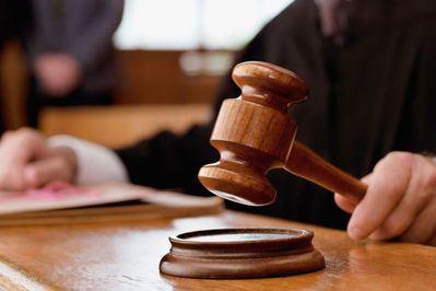 Piden 12 años de cárcel para un hombre acusado de maltratar a su pareja