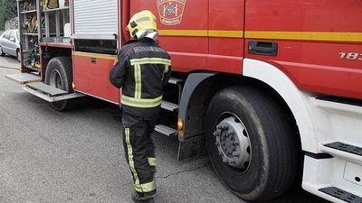 Diez personas desalojadas debido al incendio de un edificio