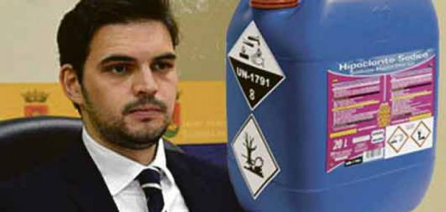 La empresa que suministra parte del cloro al Ayuntamiento desde 2017 también tiene vínculos familiares con Santiago Serrano