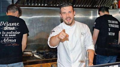 Carlos Maldonado en el restaurante FOTO: RAÍCES/ INSTAGRAM