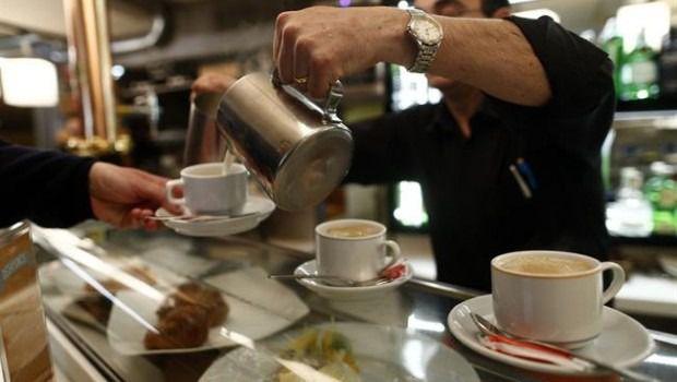Aumenta el empleo en el sector servicios