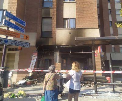 El incendio restaurante 'kebab' obliga a desalojar a unos 40 vecinos