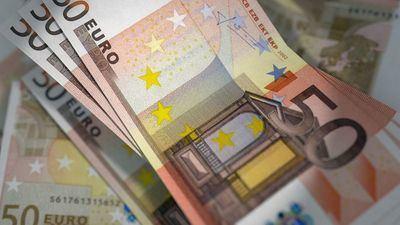 Polémica por la compra de 26 papeleras: 1.500 euros cada una