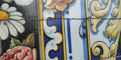Preocupación en Talavera por una grieta de 2 metros aparecida en el mural de Las Mondas