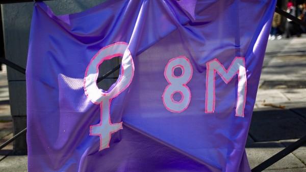 El Día de la Mujer en CLM | Huelga, parones, caceroladas y manifestaciones