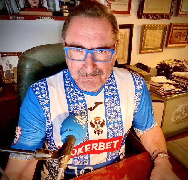 NUESTRA GENTE | Carlos Herrera se enfunda la camiseta del CF Talavera
