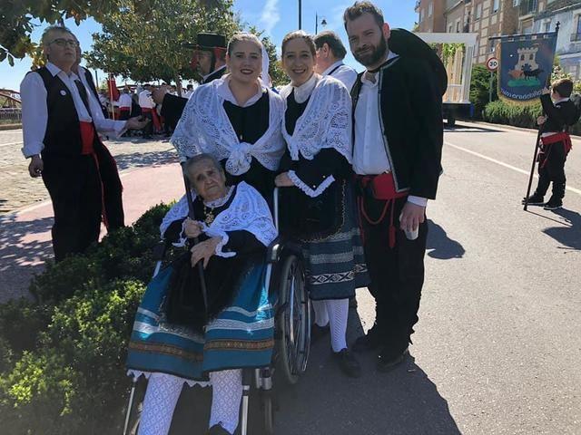 OBITUARIO | Nos ha dejado Emilia Urdiales, defensora del folclore popular talaverano