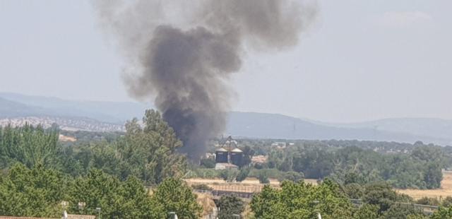 TALAVERA | Extinguido el incendio junto a la carretera de San Román