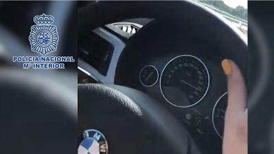 Detenida una menor por conducir a más de 220 km/h por la A-5