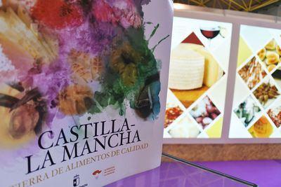 Animan a consumir alimentos de Castilla-La Mancha durante estas fiestas