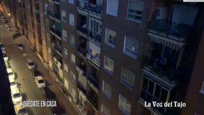 VIDEO | El sorprendente homenaje a nuestros mayores de los vecinos de una calle en Talavera