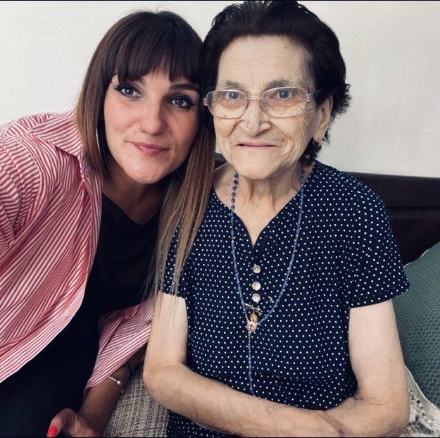 MÚSICA   El cariñoso mensaje de Rozalén tras perder a su abuela