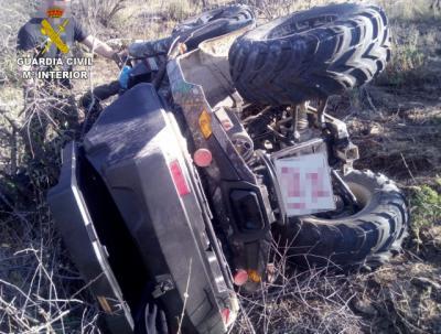 Dos personas son auxiliadas tras tener un accidente de quad