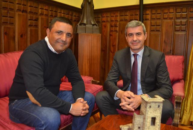 Álvaro Gutiérrez y el alcalde de Mejorada repasan proyectos Municipales apoyados por la Diputación
