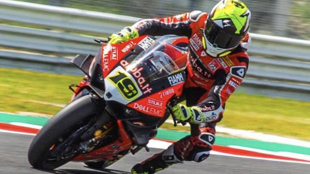 Bautista se queja de la Ducati: