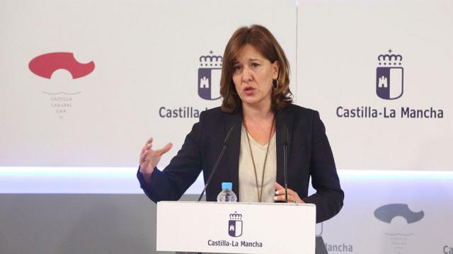 Blanca Fernández pide a Paco Núñez que se desmarque de Casado y luche contra el trasvase