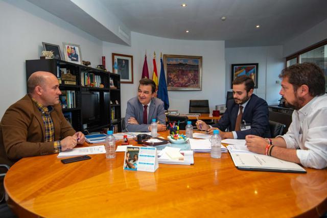 La Junta sitúa en 2021 el fin de las obras que solucionarán los problemas de abastecimiento de los municipios ribereños