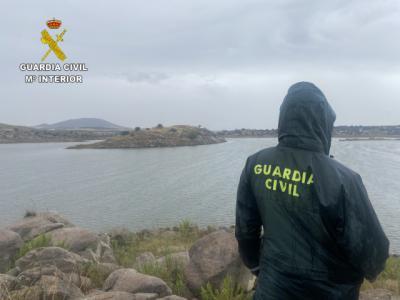 Buscan a un hombre desaparecido en el pantano del Guajaraz en Argés