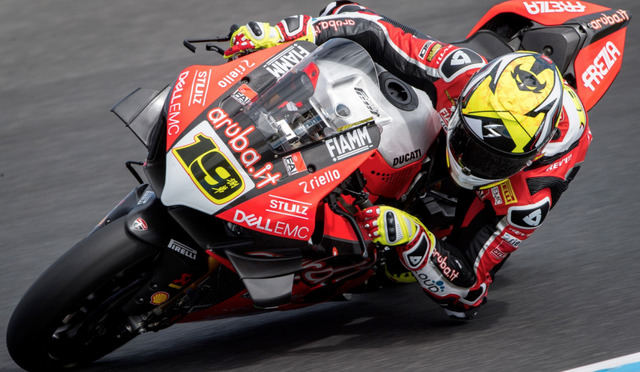 Bautista con la Ducati en Superbike