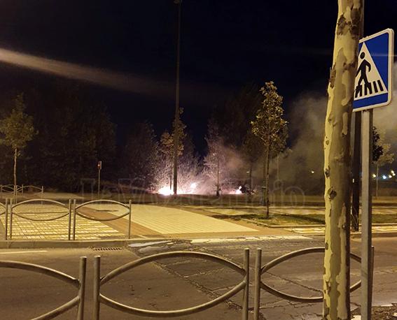 VIDEO | Un cable caído por el viento provoca un conato de incendio en Talavera