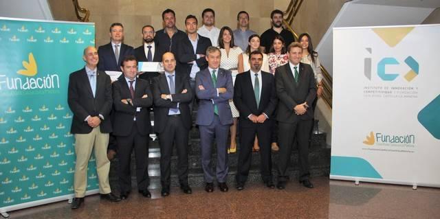 """Caja Rural CLM y EOI entregan los premios de la 3ª edición de """"Lazarus"""""""