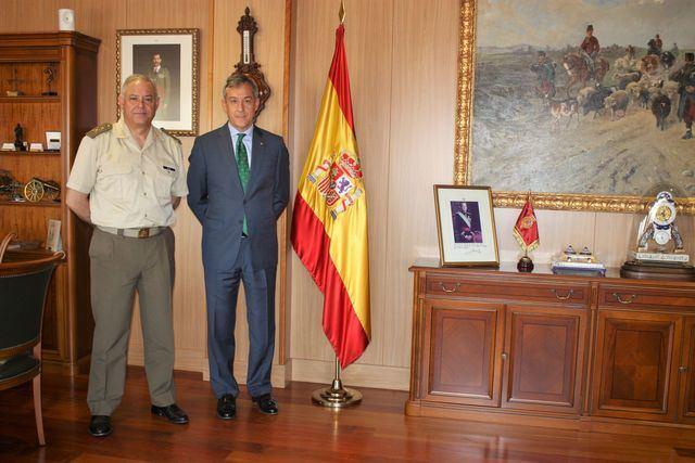 """Eurocaja Rural felicita al Museo del Ejército por su """"excelente trabajo"""""""