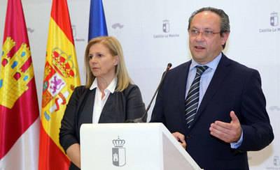 Ruiz Molina propone un grupo de trabajo para ver qué impuestos bajar