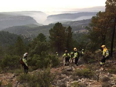 INFOCAM continúa con el plan de operaciones para dar por controlado el incendio de Yeste