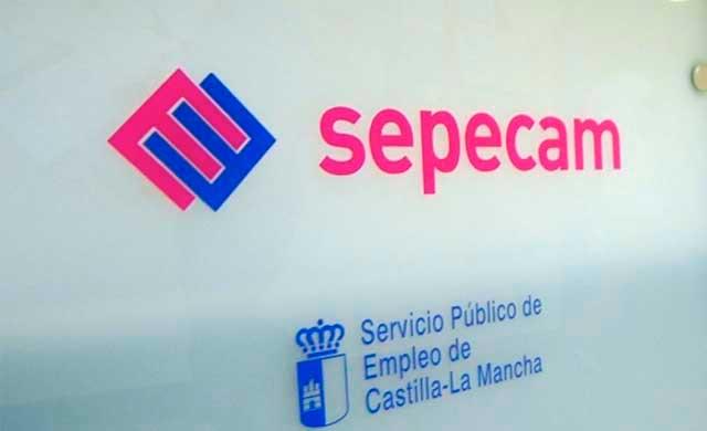 El paro baja en 8.013 personas en Castilla-La Mancha