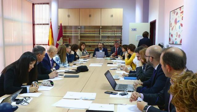 Castilla-La Mancha, entre las seis comunidades con mejor ratio de pacientes por médico de Atención Primaria