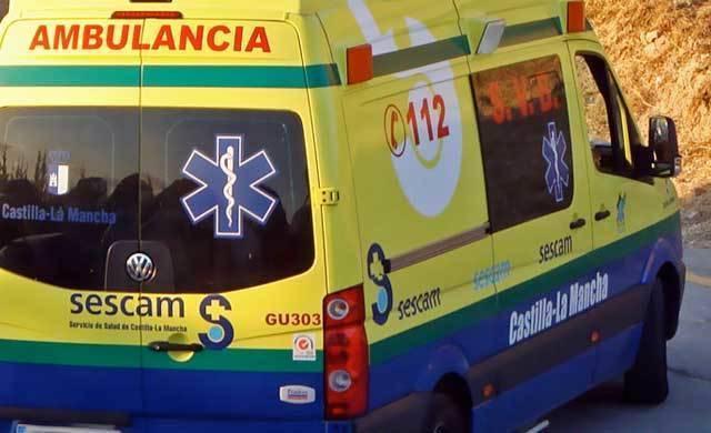 Fallece un varón de 77 años tras la colisión de su turismo contra un camión
