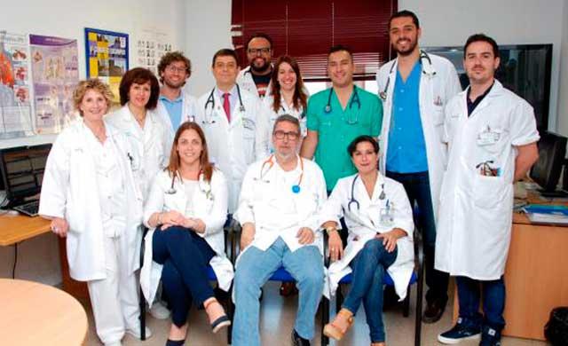 El jefe de Neumología del Hospital de Talavera recibe un reconocimiento por su trayectoria profesional