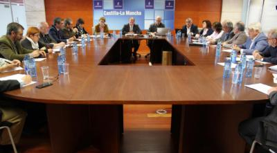 La Junta ha puesto en marcha 27 convocatorias de ayudas por valor de 240 millones de euros que priorizan a zonas despobladas