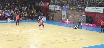 VÍDEO | Así se vivieron los intensos 5 minutos de los penaltis del Soliss FS Talavera