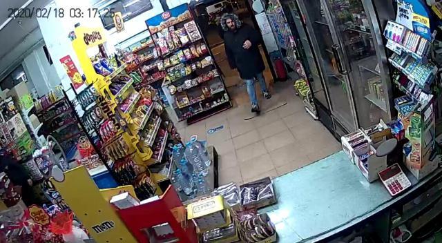 VÍDEO | El escalofriante intento de robo con cuchillo en una tienda de Talavera