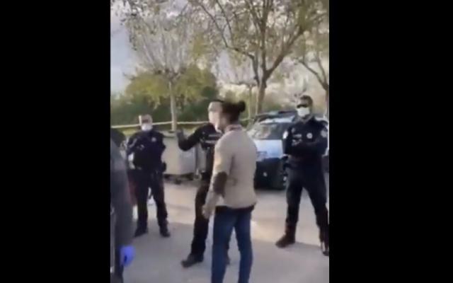 VÍDEO | Altercado entre vecinos y Policía Local en Talavera por incumplir el estado de alarma