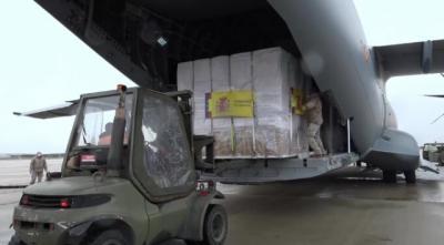 VÍDEO | 14 toneladas de material sanitario para luchar contra el coronavirus