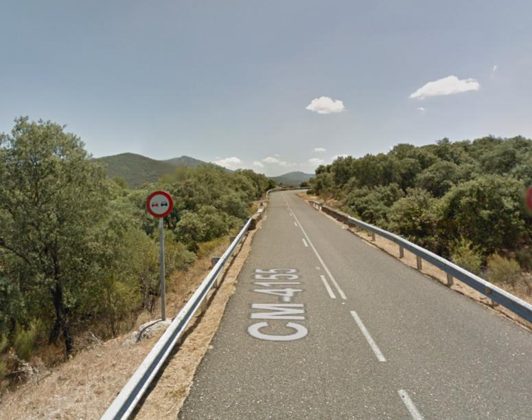 ÚLTIMA HORA | Vuelca un camión con queroseno en Navalucillos