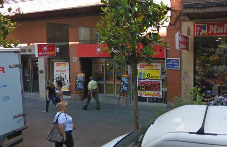 Carrefour compra 172 tiendas Supersol en España