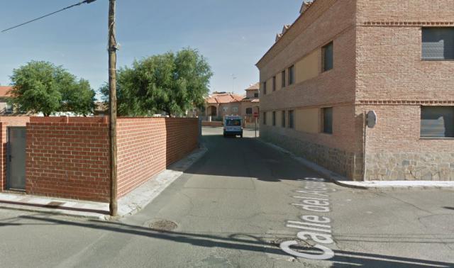 calle del Águila, Villaluenga de la Sagra | Google Maps